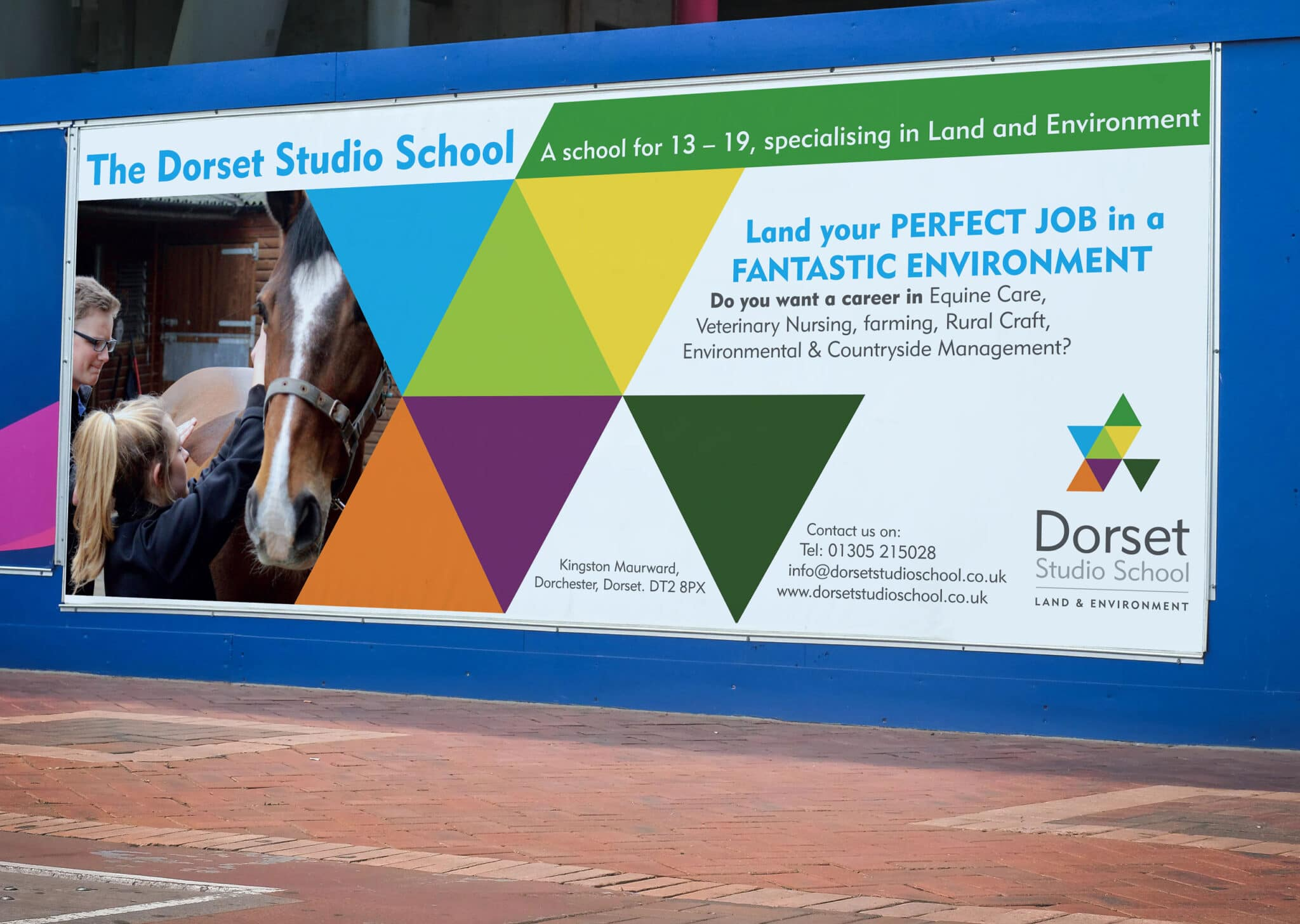 Large Format Outdoor Banner Design And Print
